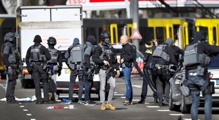 Police at the scene of a mass shooting on 24 Oktoberplein in Utrecht, 18 March 2019