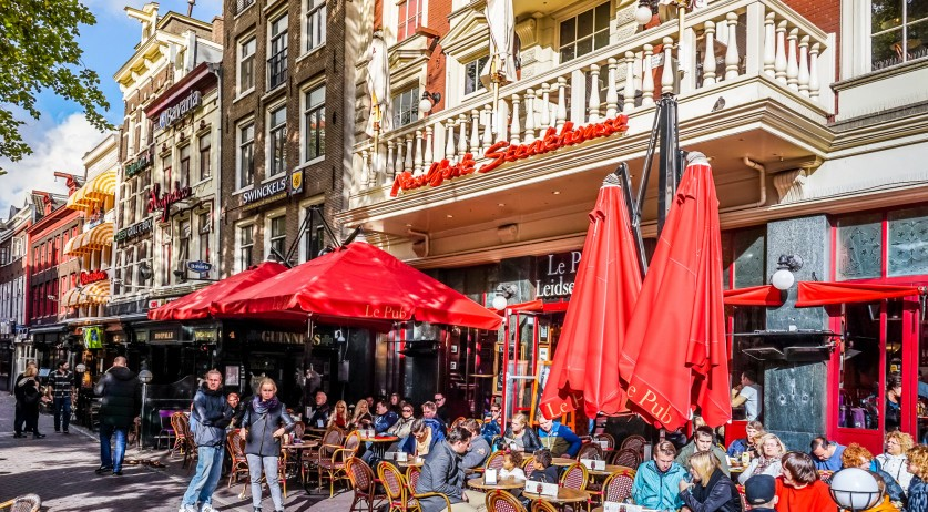 Lunch time at an Amsterdam terrace