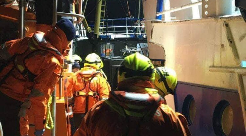 Migrants rescued from English Channel