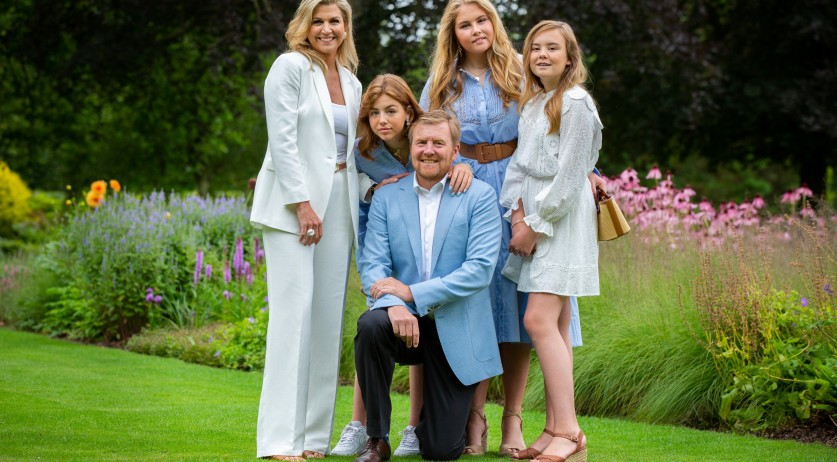 King Willem-Alexander, Queen Maxima, and their daughters pose at the Huis ten Bosch palace. 17 July 2020