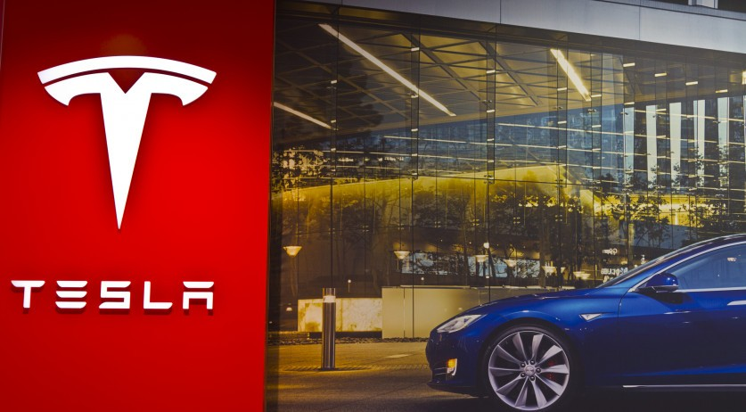 100 Dutch Tesla owners suing automaker over shoddy cars