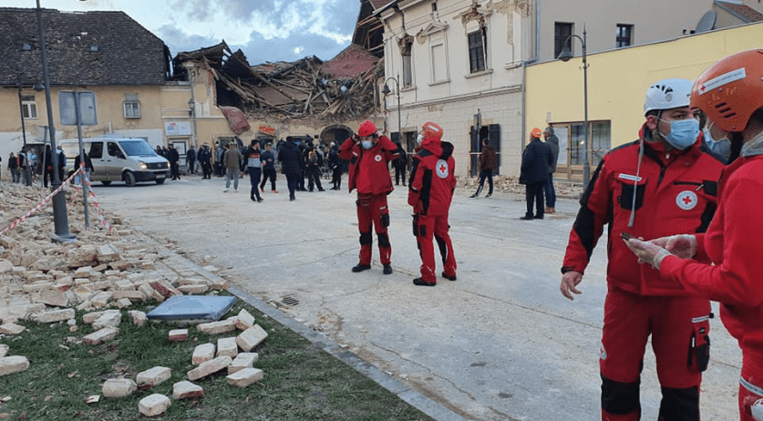 Red Cross Croatia rescuers assist in Petrinja, near the epicenter of a 6.4 magnitude earthquake. 29 Dec. 2020