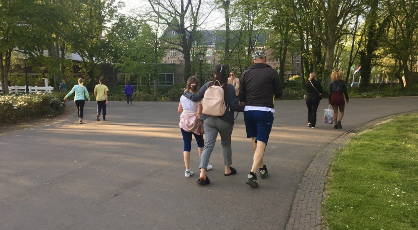 Hundreds of people enjoyed the weather in Amsterdam's Oosterpark despite calls to stay at home