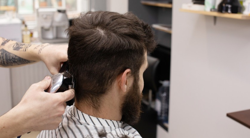 Nl Hairdressers Have Gone Underground Report Nl Times