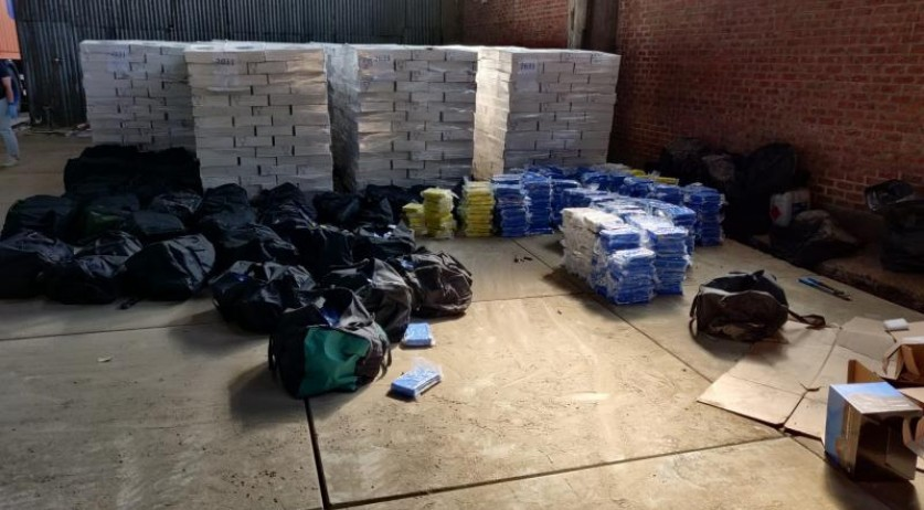 14 Dutch arrested for smuggling 1,400 kilos of cocaine found in a warehouse in Antwerp, April 2020