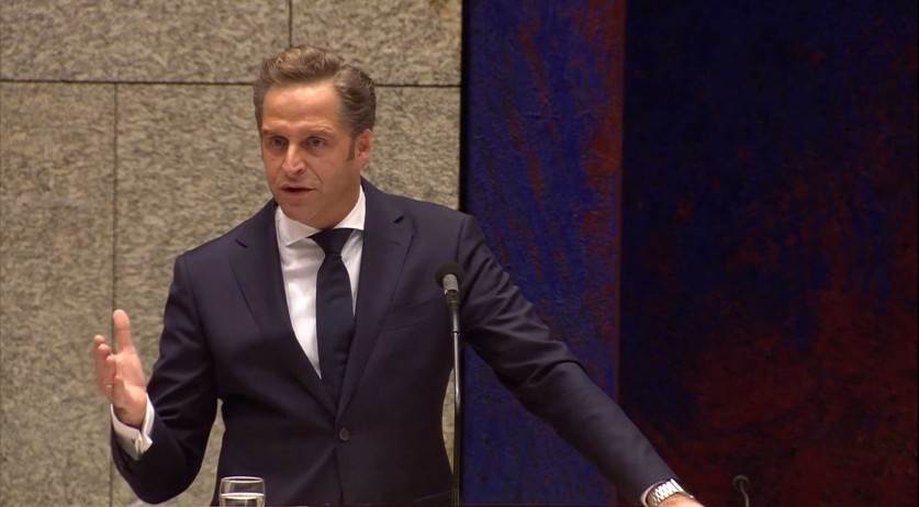 Hugo de Jonge in a parliamentary debate on the Covid-19 vaccination policy, 5 January 2021