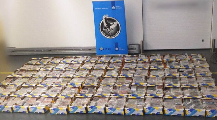 1,000 kilos of cocaine found at the port of Rotterdam in a pineapple shipment from Costa Rica, 17 August 2020