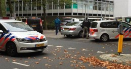Police at the scene of a shooting on Nijerodeweg in Amsterdam, 28 Oct 2016