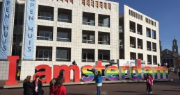 I Amsterdam sign in rainbow colors to celebrate the 15th anniversary of marriage equality in the Netherlands, 1 Apr 2016 (Photo: @iamsterdam/Twitter)