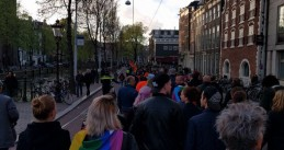 Some 2,000 march hand in hand through Amsterdam against anti-LGBT violence, 5 Apr 2017