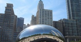 The Cloud Gate by Anish Kapoor in Chicago