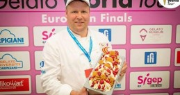 Erik Kuiper and his European champion honey-yogurt-raspberry ice cream, Jul 2017