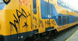 Graffiti tagger causes over €400,000 damage to NS trains in Haarlem, Oct 2017