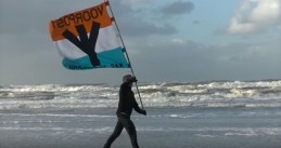 Right-wing extremist group Voorpost claims it patrols the dunes in Hoek van Holland for undocumented migrants, 17 Dec 2017
