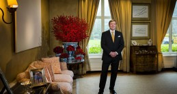 King Willem-Alexander giving his Christmas speech for 2017 from the Eikenhorst palace in Wassenaar