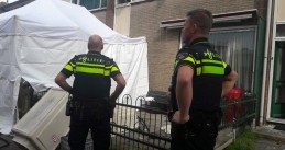 Police at the scene of a murder-suicide on Cremerstraat in Papendrecht, two adults and two children were killed, 22 Sept 2018