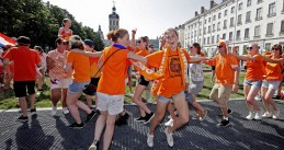 Young Oranje fans after the Lionesses beat Sweden in the World Cup semi-finals in Lyon, 3 July 2019