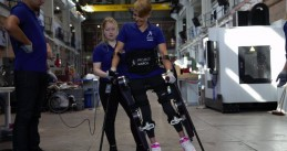 Sjaan Quirijns in the MARC IV exoskeleton by TU Delft's Project MARCH