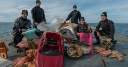 Volunteers from Stichting Duik de Noordzee Schoon dove 2,500 kilos of waste from the North Sea, Sept 2019