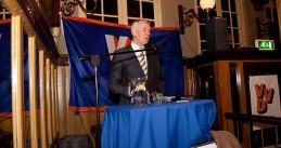 Johan Remkes speaking at a VVD event