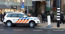 Police at gold theft in Rotterdam, Coolsingel