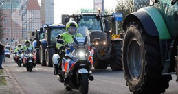 Police escorting farmers out of The Hague after their protest against the government's nitrogen policy, 19 February 2020