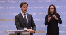 Mark Rutte and Sing language interpreter Irma Sluis