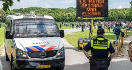 Police at an anti-social distancing protest on the Malieveld in The Hague, 21 June 2020