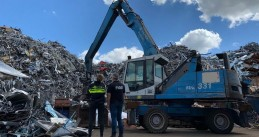 Police and FIOD at a Limburg recycling company suspected of money laundering, 11 July 2020