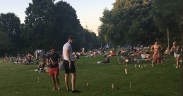 People enjoying the summer weather in Oosterpark in Amsterdam, 6 August 2020