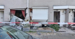 Teen crashes into two homes on Kijkduiklaan in Tilburg while fleeing the police, 7 August 2020