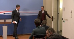 Mark Rutte exits a press conference after announcing the early end of his third Cabinet . 15 Jan. 2021