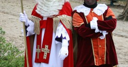 Sinterklaas and Zwarte Piet (Source: Wikimedia/Jan Arkesteijn)
