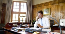 Mark Rutte in his office (Source: Wikimedia/ATX-NL)