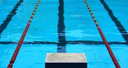 1280px-Competition_swimming_pool_block