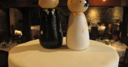 Custom_Wedding_Cake_Topper_(4381124322)