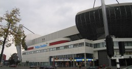 800px-Philips_Stadion_center_side