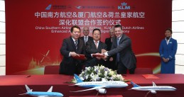 KLM signed an agreement on Thursday to expand its joint venture with China Southern Airlines through a partnership with Xiamen Airlines