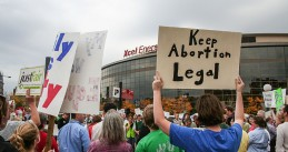 "Keep_Abortion_Legal_-_Protest_against_Focus_on_the_Family's_""Stand_for_the_Family""_event_(15188351973)"